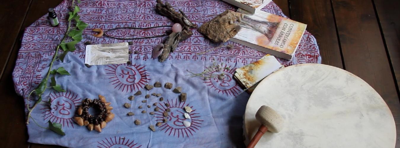 Video Testimonios Formación Mujer Consciente altar y tambor