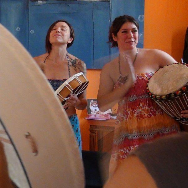 Formación Mujer Consciente recorrido Mujeres tambores